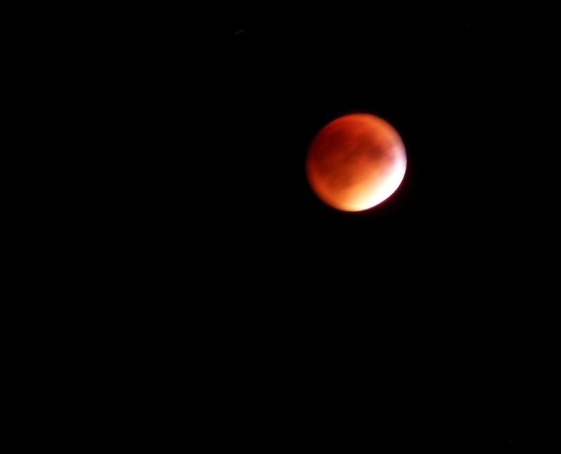 Super Harvest Blood Moon Eclipse - Massachusetts